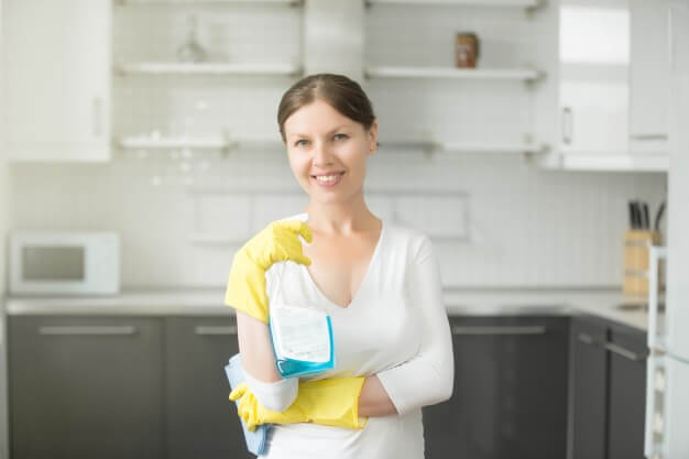 Clean your House in The Right Order from Home Cleaning Overland Park Services